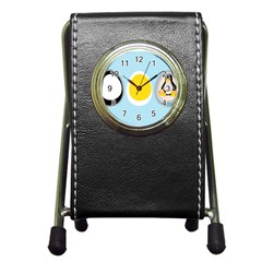 Linux Tux Penguin In The Egg Stationery Holder Clock