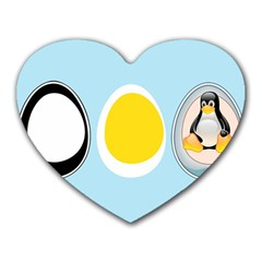 LINUX TUX PENGUIN IN THE EGG Mouse Pad (Heart)
