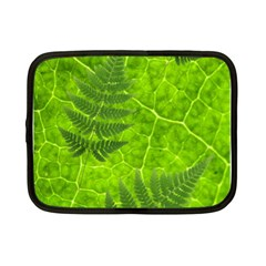 Leaf & Leaves Netbook Sleeve (small)