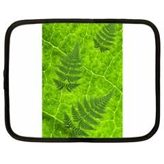 Leaf & Leaves Netbook Sleeve (large)