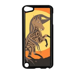 Embracing The Moon Apple Ipod Touch 5 Case (black)