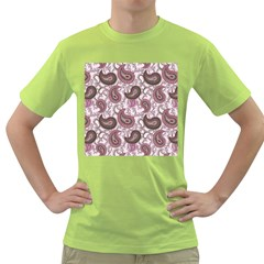 Paisley in Pink Men s T-shirt (Green)
