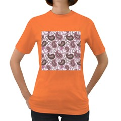 Paisley in Pink Women s T-shirt (Colored)