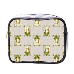 Victorian St Patrick s Day Mini Travel Toiletry Bag (One Side)