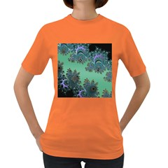 Celtic Symbolic Fractal Design in Green Women s T-shirt (Colored)