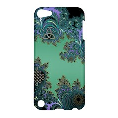 Celtic Symbolic Fractal Design in Green Apple iPod Touch 5 Hardshell Case