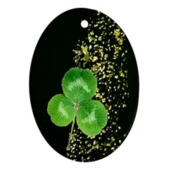Clover Oval Ornament