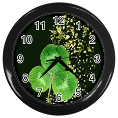 Clover Wall Clock (Black)