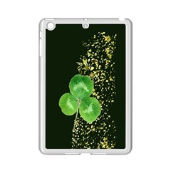 Clover Apple iPad Mini 2 Case (White)