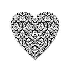 White On Black Damask Magnet (Heart)