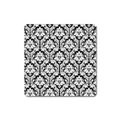 White On Black Damask Magnet (Square)