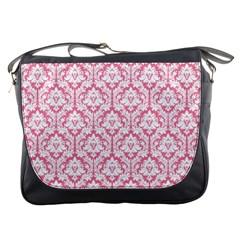 soft Pink Damask Pattern Messenger Bag