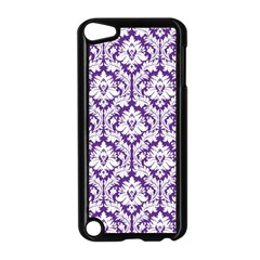 White on Purple Damask Apple iPod Touch 5 Case (Black)