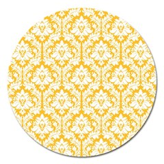 White On Sunny Yellow Damask Magnet 5  (round)