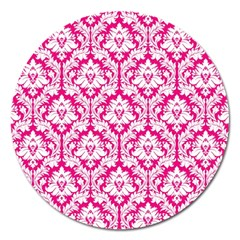 White On Hot Pink Damask Magnet 5  (round)