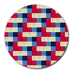 Hearts 8  Mouse Pad (Round)