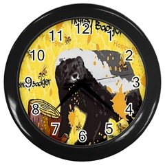 Honeybadgersnack Wall Clock (Black)