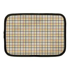 Plaid 4 Netbook Sleeve (medium)
