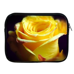 Yellow Rose Curling Apple iPad Zippered Sleeve