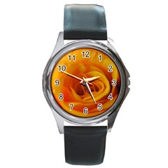 Yellow Rose Close Up Round Leather Watch (Silver Rim)