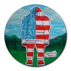 Painted Flag Big Foot Aust 8  Mouse Pad (Round)