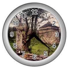 Toulongergues2 Wall Clock (Silver)