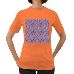 Purple Paisley Women s T-shirt (Colored)