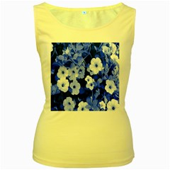 Blue Flowers Women s Tank Top (Yellow)