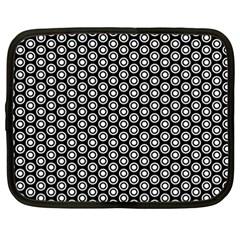 Groovy Circles Netbook Sleeve (xxl)