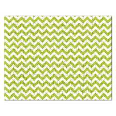 Spring Green And White Zigzag Pattern Jigsaw Puzzle (Rectangle)