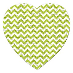 Spring Green And White Zigzag Pattern Jigsaw Puzzle (Heart)
