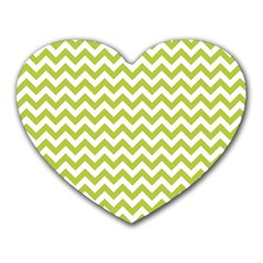 Spring Green And White Zigzag Pattern Mouse Pad (heart)