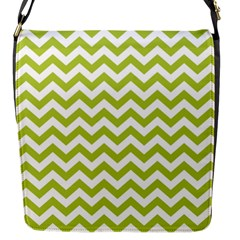 Spring Green And White Zigzag Pattern Flap Closure Messenger Bag (Small)