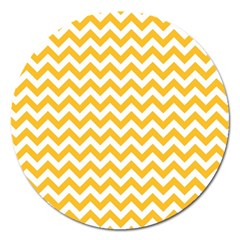 Sunny Yellow And White Zigzag Pattern Magnet 5  (Round)