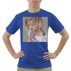 Prayinggirl Men s T Shirt (colored)
