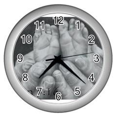 John 3:16 Wall Clock (Silver)