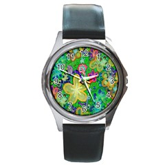 Beautiful Flower Power Batik Round Leather Watch (Silver Rim)