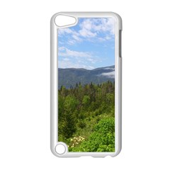Newfoundland Apple iPod Touch 5 Case (White)