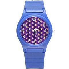 Flare Polka Dots Plastic Sport Watch (small)