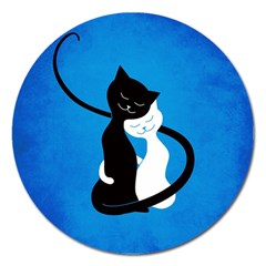 Blue White And Black Cats In Love Magnet 5  (round)