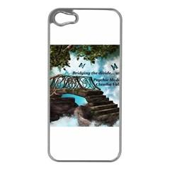 Psychic Medium Claudia Apple iPhone 5 Case (Silver)