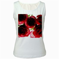 Pink and Red Roses on White Women s Tank Top (White)