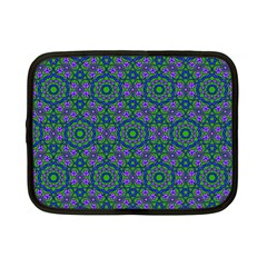 Retro Flower Pattern  Netbook Sleeve (small)