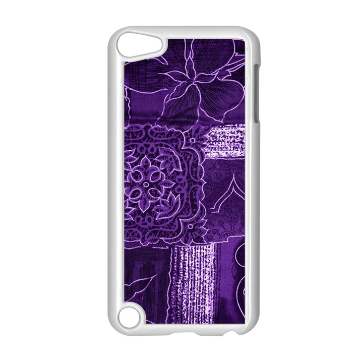Pretty Purple Patchwork Apple iPod Touch 5 Case (White)