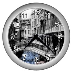 Vintage Venice Canal Wall Clock (Silver)