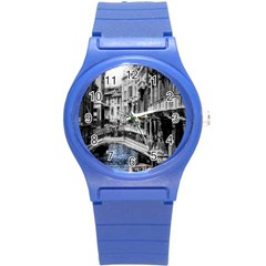 Vintage Venice Canal Plastic Sport Watch (Small)