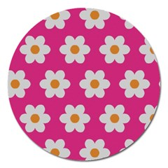 Daisies Magnet 5  (Round)
