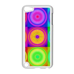 Retro Circles Apple iPod Touch 5 Case (White)