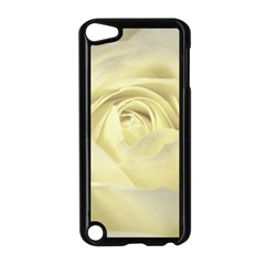 Cream Rose Apple iPod Touch 5 Case (Black)
