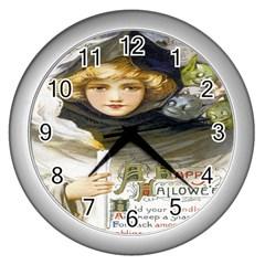 A Happy Hallowe en Wall Clock (Silver)